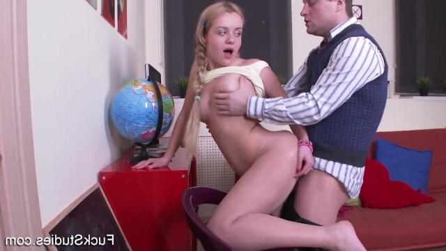 Анал С Шикарной Блондинкой