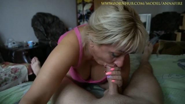 Мама помогает сыну забыть бывшую девушку занимаясь с ним шокирующим инцестом