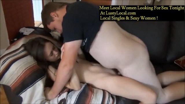 Молодая пара устроила домашний секс в виде красивой эротики