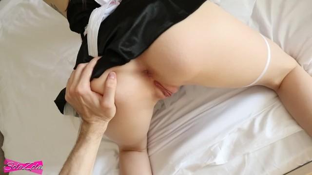 Парень доплатил молодой служанке и раскрепостил ее для бесподобного секса