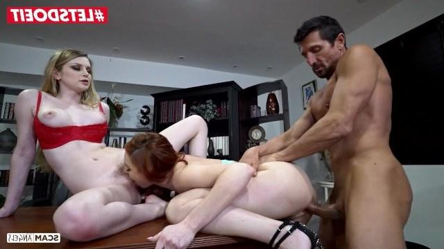 Русская Bunny Colby и ее подруга Lacy Lennon чпокаются с мужиком в групповухе