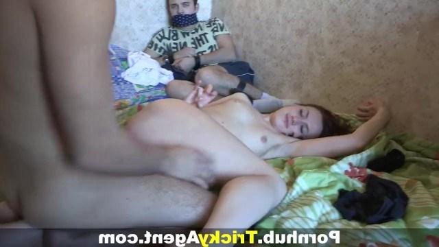 Жена Отдалась Другу Порно
